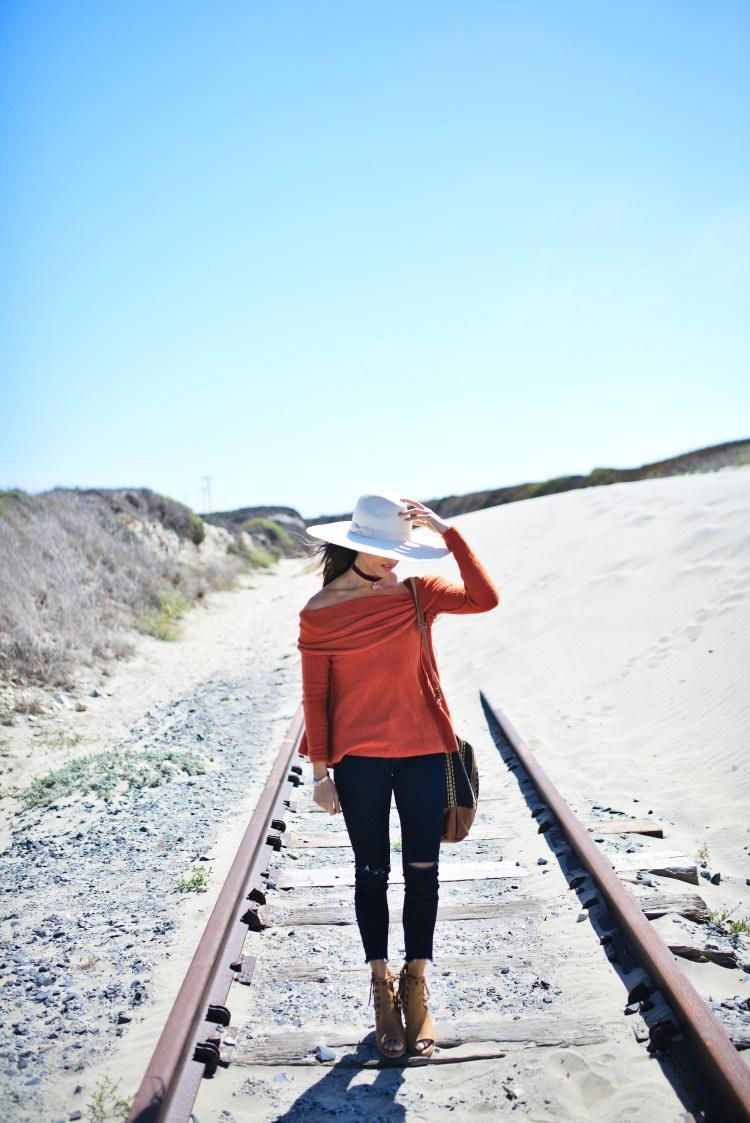 cuppajyo-styleblogger-fashion-lifestyle-travel-pinkarrowsboutique-freepeople-fallfashion-offtheshoulder-sweater-8