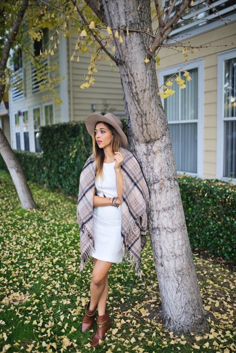cuppajyo_style_travel_fashionblogger_sanfrancisco_bayarea_fallfashion_finallyfall_tartcollections_plaidcoat_whitedress_streetstyle_4