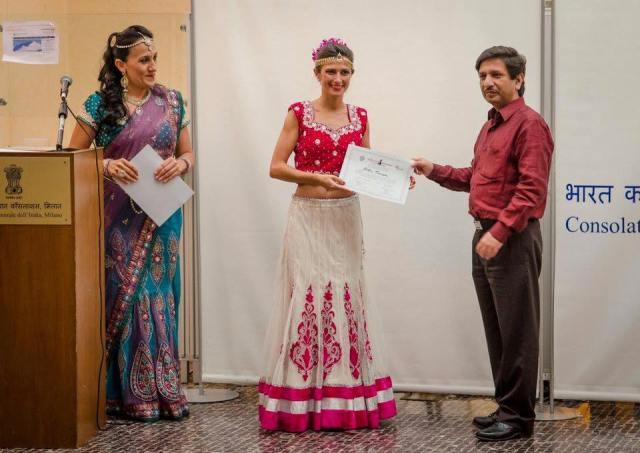 Bollywood Dance Academy di Maya Devi - Graduation Day