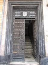 Porte d'entrée de l'immeuble Lévy-Bendayan