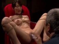 美人な未亡人が義父に緊縛されSM調教されて喘ぐ人妻熟女の動画