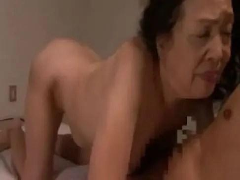 70歳を過ぎた昭和の老女が高齢者の夫婦生活で熟練の舌技を披露してるjyukujo5060