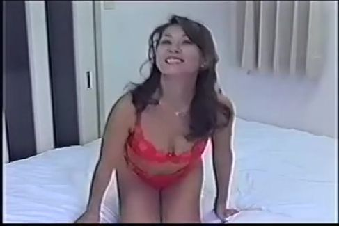 昔懐かしいAV女優後藤えり子のオナニーや複数プレイでのセックスが見れる裏ビデオ