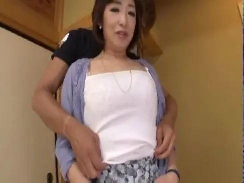 五十路の上品なおばさんがjyukujo夫婦になって夜の生活の回数が減りアダルトビデオに出演する50代 女性 画像 無料