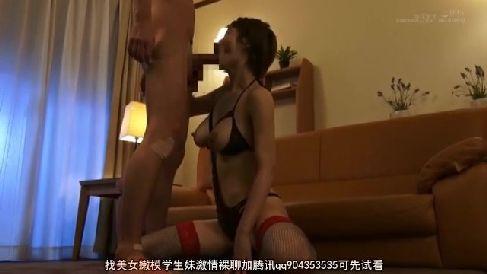 美人な義母が息子の朝立ちしたちんこに欲情していく熟女セックス動画