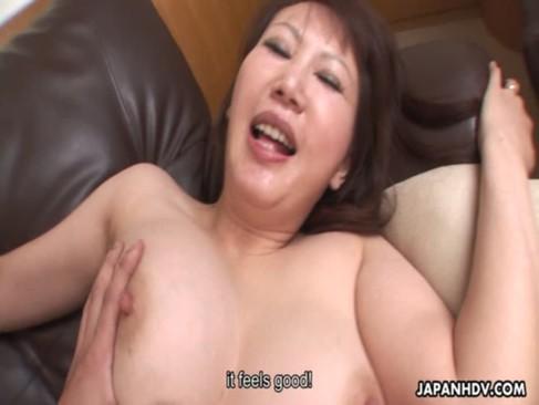 M気質な40代の爆乳美熟女が激しいセックスで悶絶絶頂!膣奥をがっつりと突かれて悶える表情が凄いjyukujo動画