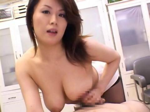 熟年女優の佐藤美紀が女教師に変身して生徒の肉棒を昇天させてる日活 無料yu-tyubu