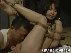 緊縛されおめこと陰核を弄られハメられる三十路熟女妻の日活 無料yu-tyubu田舎