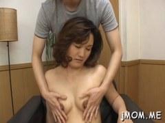 夫婦の営みに飽きてAV出演する四十路熟女妻の日活 無料yu-tyubu