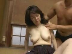 四十路淫乱おばさんが久しぶりのセックスに大興奮のjukujyo動画
