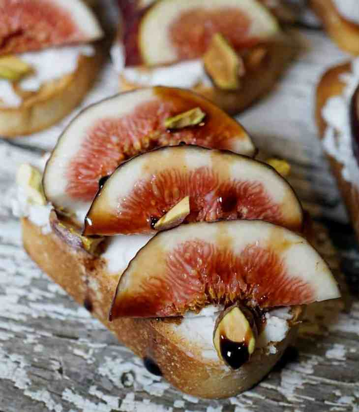 Close up of fig and goat cheese toasts