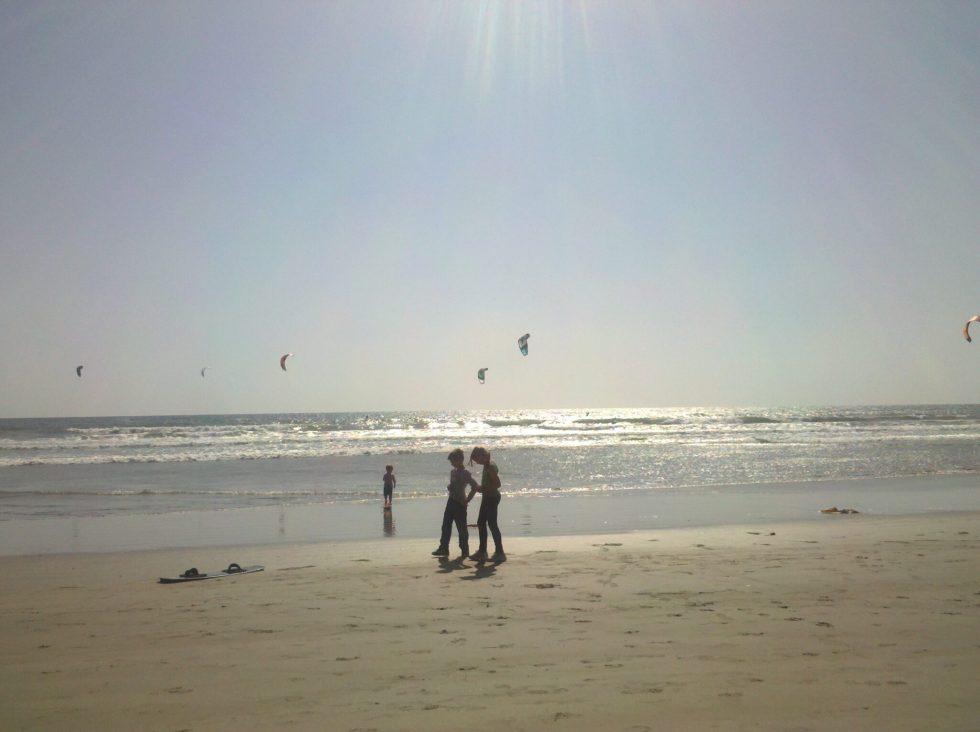 Windy -- walkers & Para-surfers