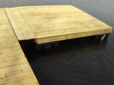Boardwalk and connecting raft - by JZ Contracting