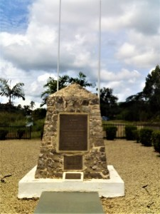 K in Motion Travel Blog. Petty Theft and Pragmatism in Papua New Guinea. Monument