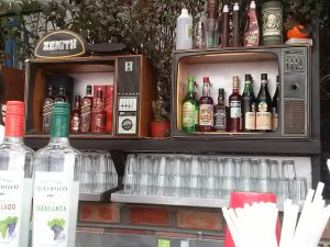 K in Motion Travel Blog. Quirky Hill Top Pub in Andean Mountain Town of Cusco, Cuzco Peru