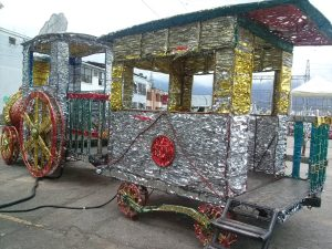 K in Motion Travel Blog. Contemporary Colombia and its Colourful Cities. Ibague People-Size Christmas Train