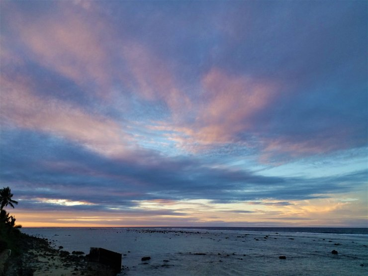 K in Motion Travel Blog. Around the World in Sunsets. Rarotonga, Cook Islands