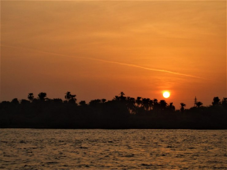 K in Motion Travel Blog. Around the World in Sunsets. On the Nile in Egypt