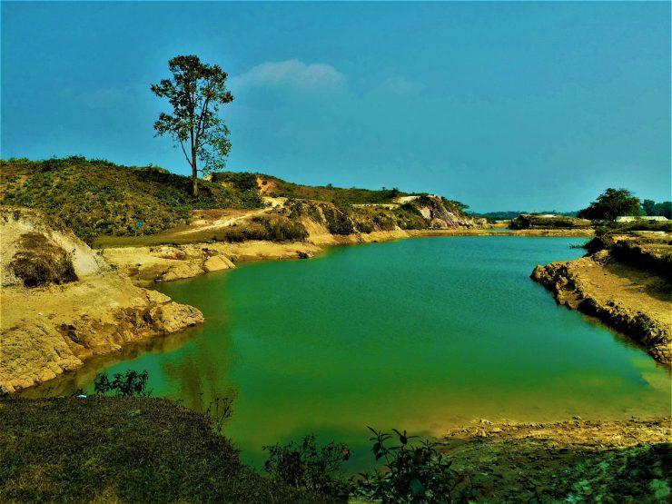 K in Motion Travel Blog. Mesmerising Lakes Around the World. Green Lake in Birishiri Bangladesh