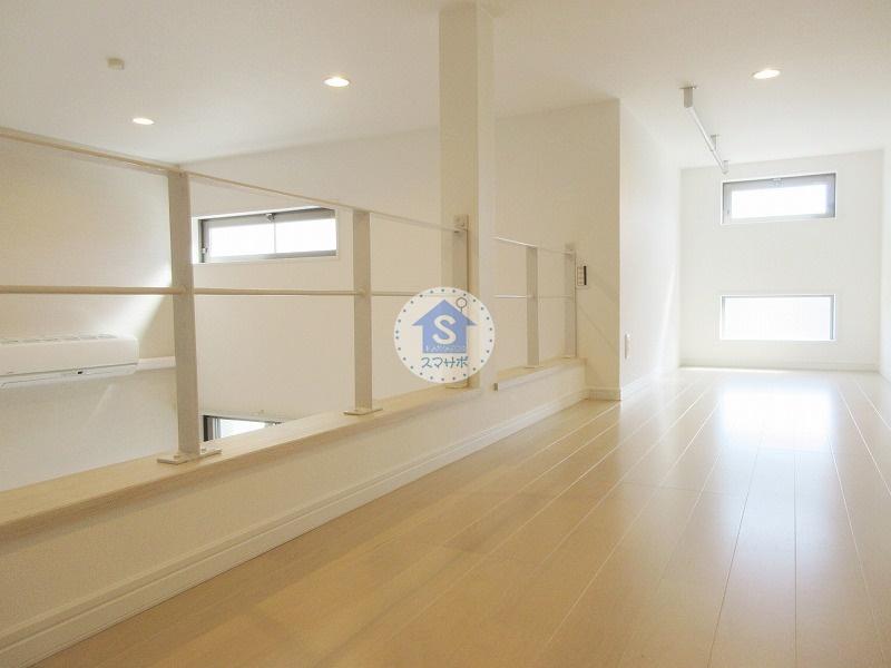 CB川越カローレ202号室/2018年築ロフト付1人暮らし向けデザイナーズ