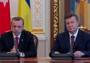 Часы Януковича стоят в сто раз дороже, чем часы премьера Турции - фотограф