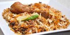 الرز المندى احد اشهر الاطباق التى يتم تقديمها فى دول الخليج وخصوصا فى دولة اليمن والتى بدات فى عمل الرز المندى