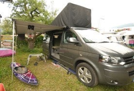 DIY VW California Roof Cover in use