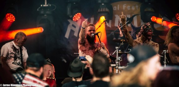 Cannibal Accident_Nummirock2019-05