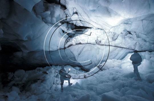 """The Reptile Room"", Ngozumpa glacier, Nepal. Foto: Endre Før Gjermundsen."