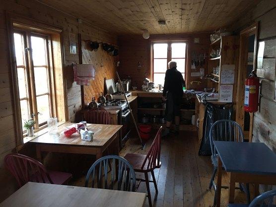 Interiør på Hadlaskard. Kjøkken.