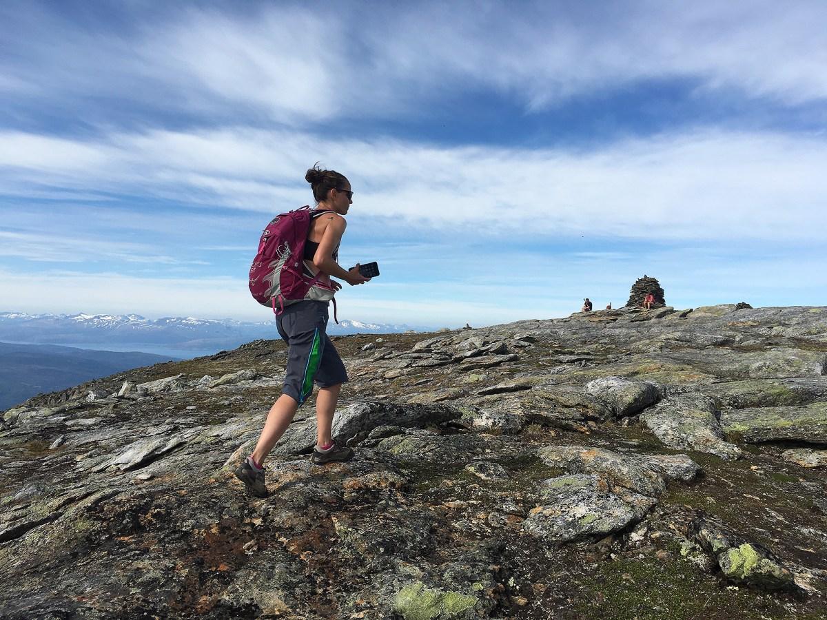 1200 bratte meter opp fra fjæresteinene