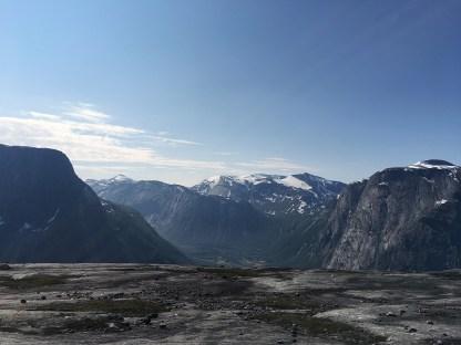 Skjomen med Sandviktinden (1543 moh.).