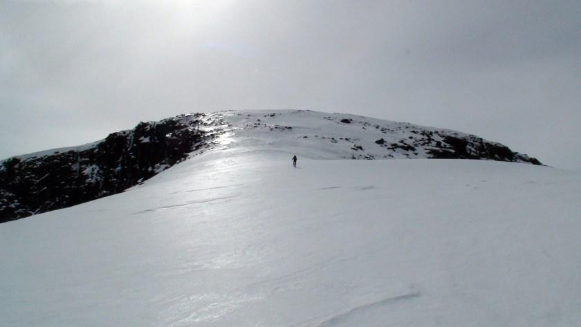 Opp Brue mot toppen av Besshøe.