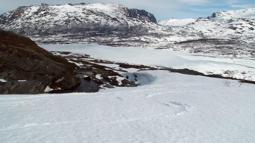 Øvre Sjodalsvatnet med Bessheim.