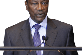 Terrorisme en Afrique: la solidarité occidentale décampe, Condé plaide