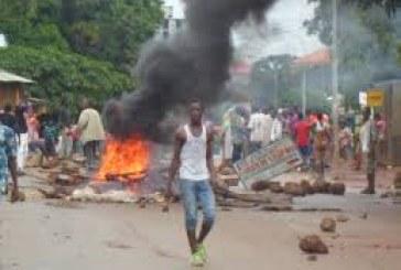 Média-Boké: le Correspondant de l'AGP échappe de justesse à une violence de masse vers le Pont de fer