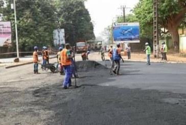 La ministre des Travaux publics Oumou Camara déçue du travail de GUICOPRESS