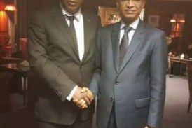 Le général Konaté et Cellou Dalein Diallo, main dans la main à Paris