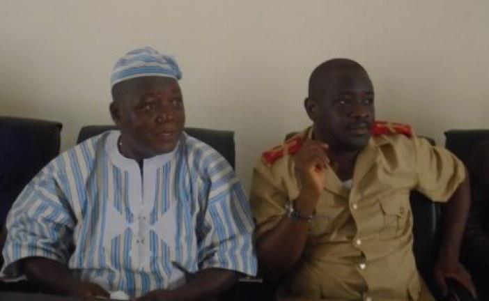 Boké: Encore des jets de pierres sur des camions de GAC à Koulifanya, le préfet interpelle les chefs de quartiers et notabilités