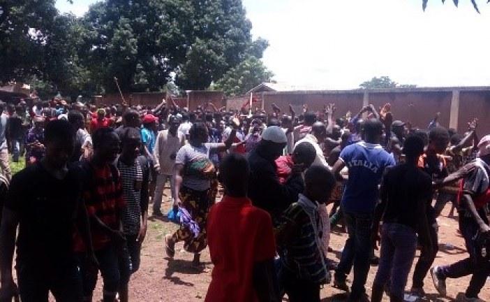Kankan: Des manifestants furieux s'en prennent à la maison centrale de détention!