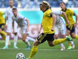 Euro 2020 : Emil Forsberg Bawa Swedia Kalahkan Slovakia