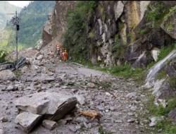 10 Orang Tewas Akibat Bencana Tanah Longsor di India