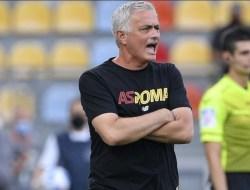 Debut di Laga Kompetitif, Mourinho Bawa Roma Menang