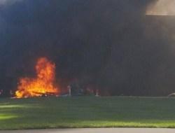 4 Orang Meninggal dalam Insiden Pesawat yang Menabrak Gedung di AS