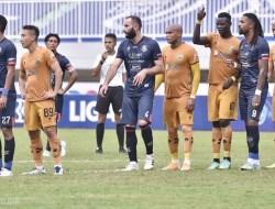 BRI Liga 1 2020/2021: Arema FC dan Bhayangkara FC Berakhir Sama Kuat