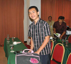 M. Arie Kurniawan.di indonesiaproud wordpress com