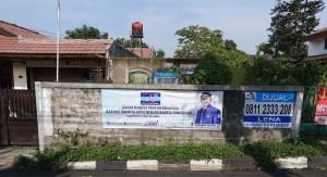 Spanduk caleg DPRD di pelosok kota Bandung