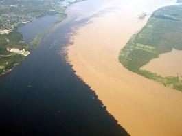 Unik, Dua Sungai di Brazil Ini Bertemu Tapi Tidak Pernah Bercampur