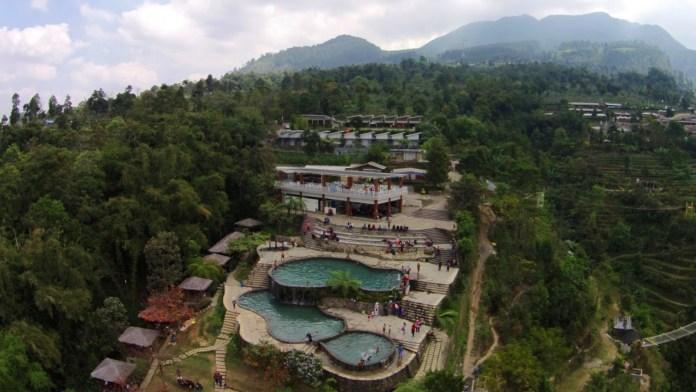 umbul sidomukti, wisata alam, kolam renang