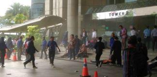 penyebab runtuhnya selasar gedung bursa efek indonesia